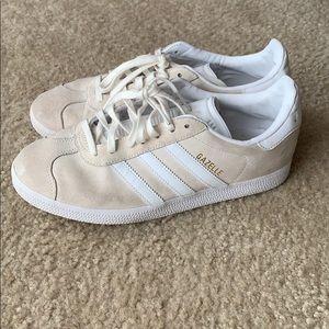 Gazelle Adidas Sneakers